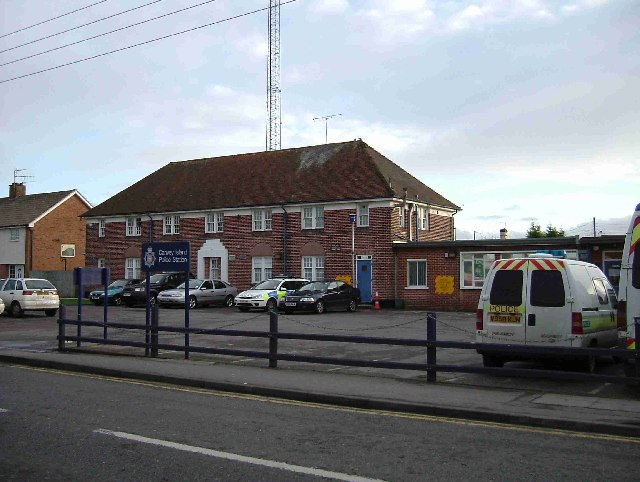 File:Canvey Police Station - geograph.org.uk - 98246.jpg