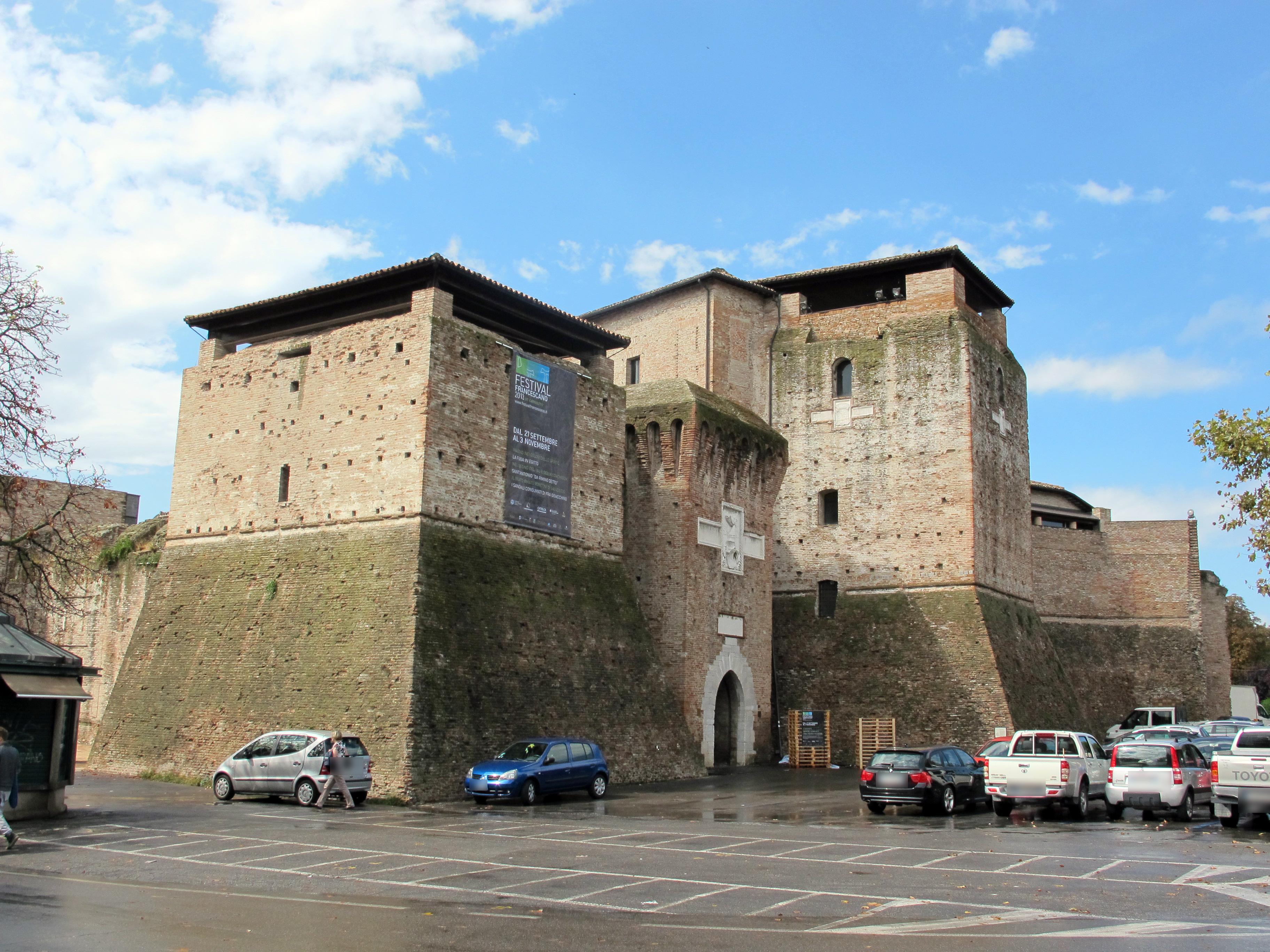 Letto A Castello A Rimini.Castel Sismondo Wikipedia