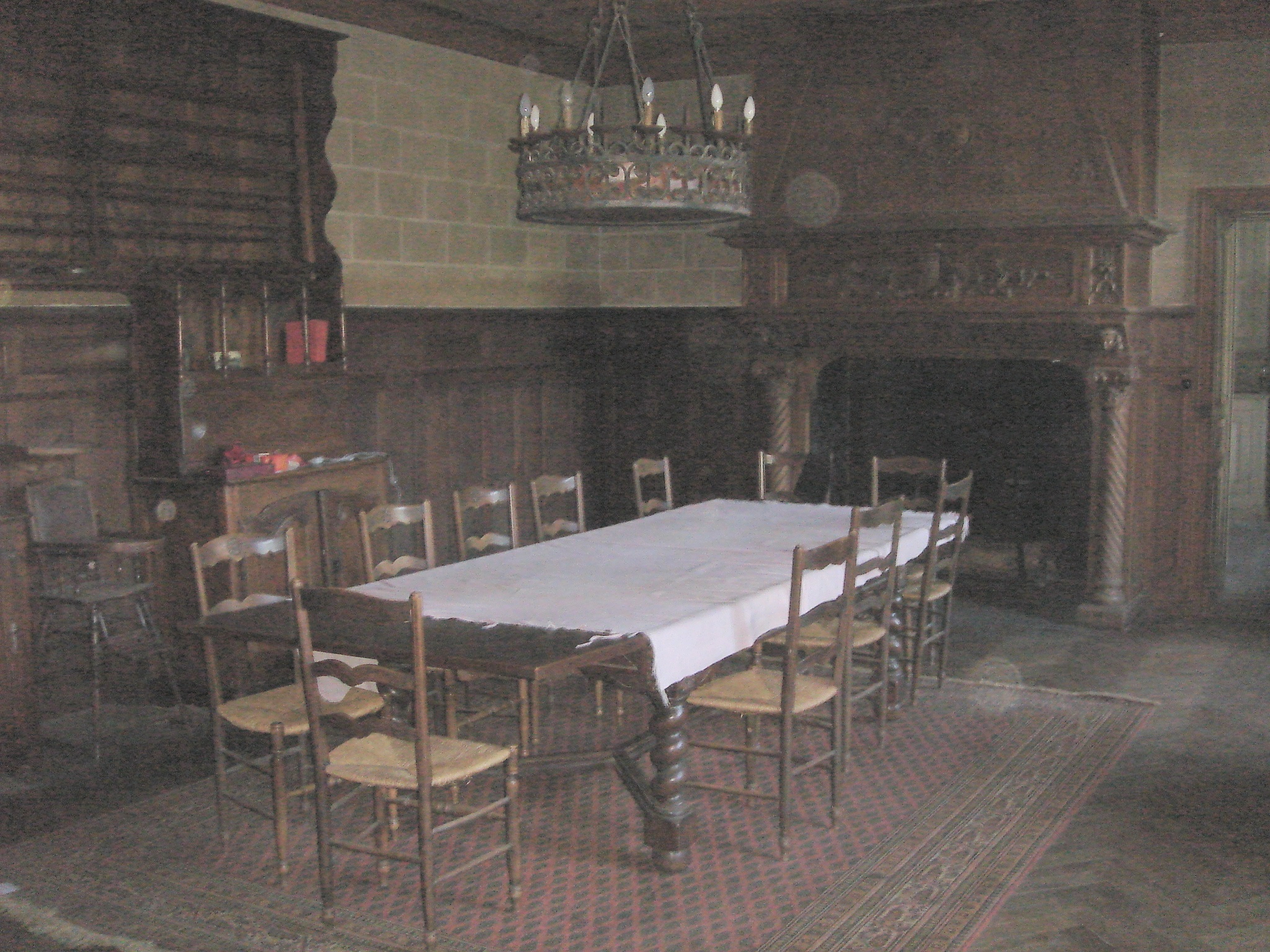 File chateau canatl salle a wikimedia commons for Salle a manger english