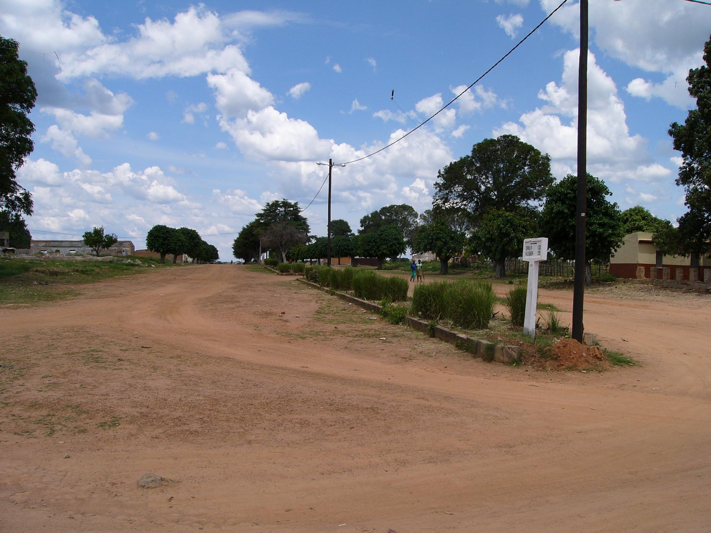 شیپیندو، آنگولا