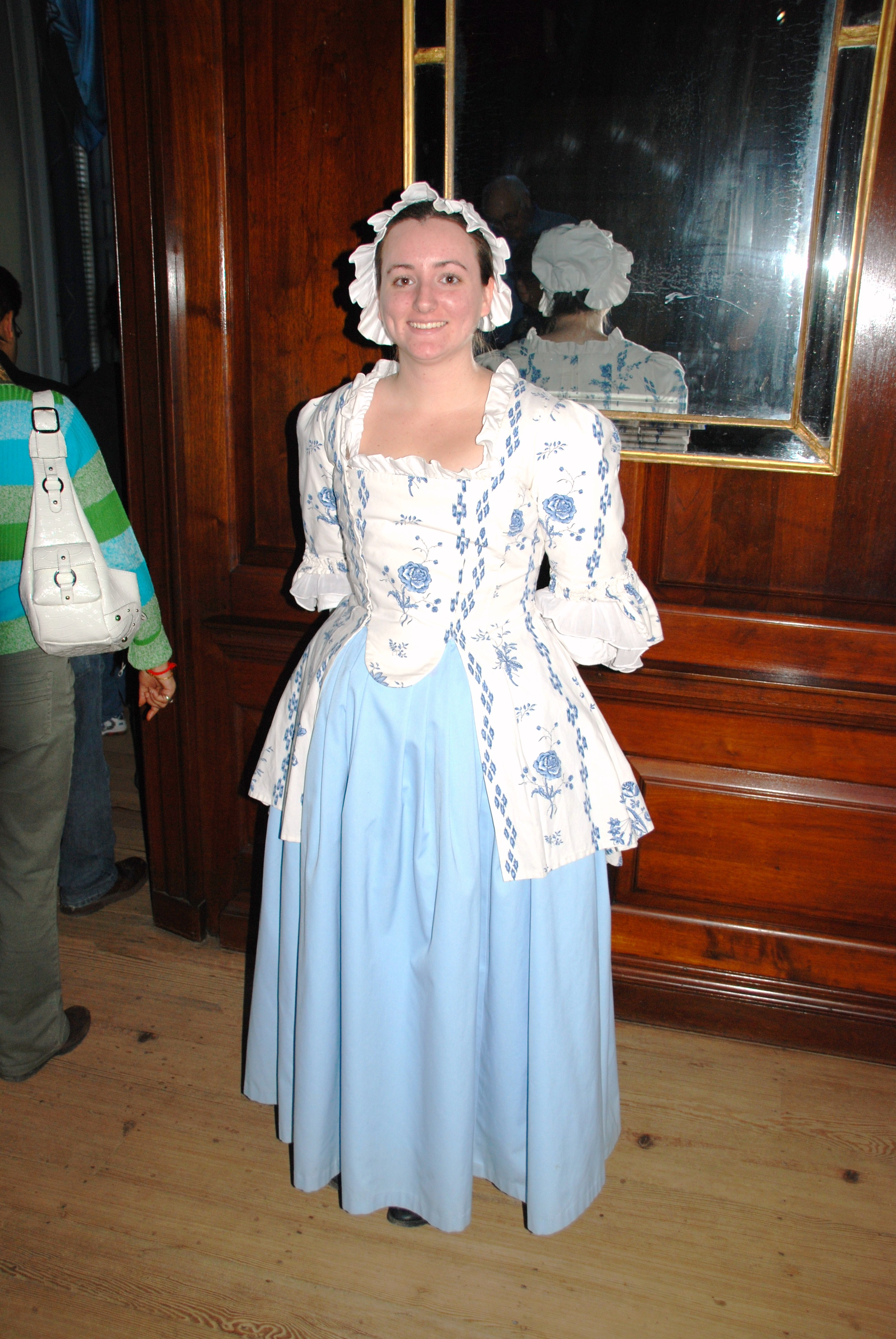 FileColonial Williamsburg (3203888491).jpg  sc 1 st  Wikimedia Commons & File:Colonial Williamsburg (3203888491).jpg - Wikimedia Commons