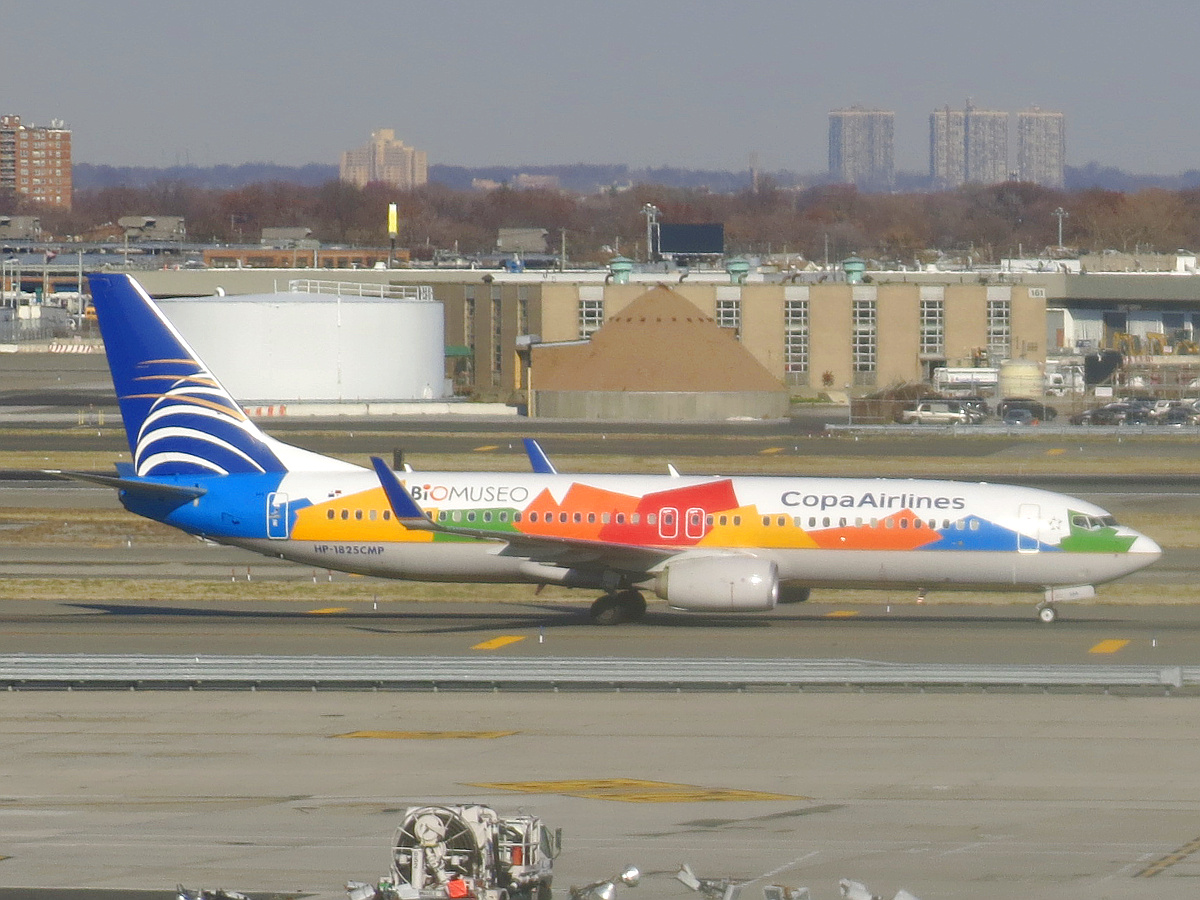 file copa airlines boeing 737 8v3 hp 1825cmp biomuseo livery jpg rh commons wikimedia org