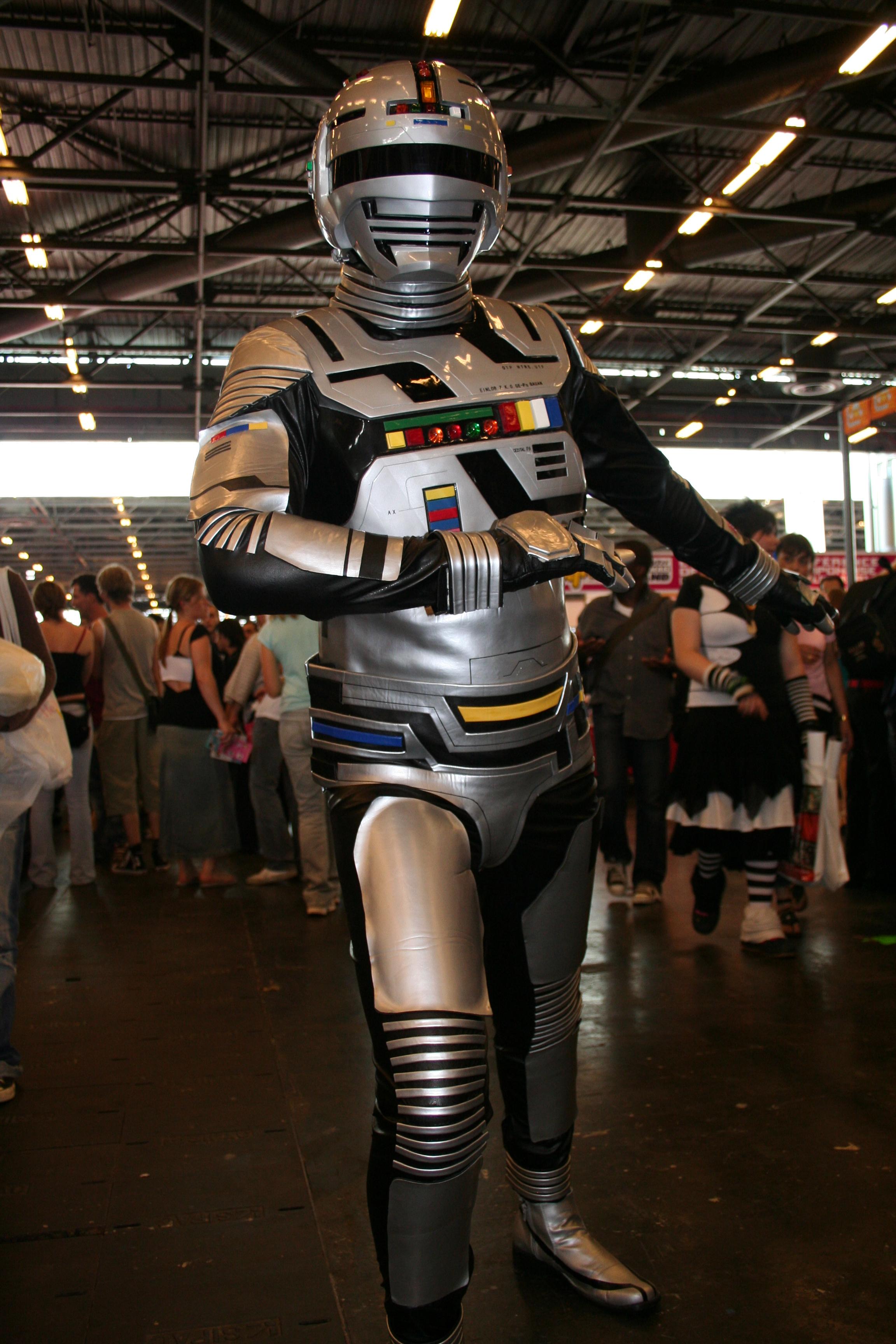 File:Cosplay Japan Expo 20060708 Space Sheriff Gavan 01 ...