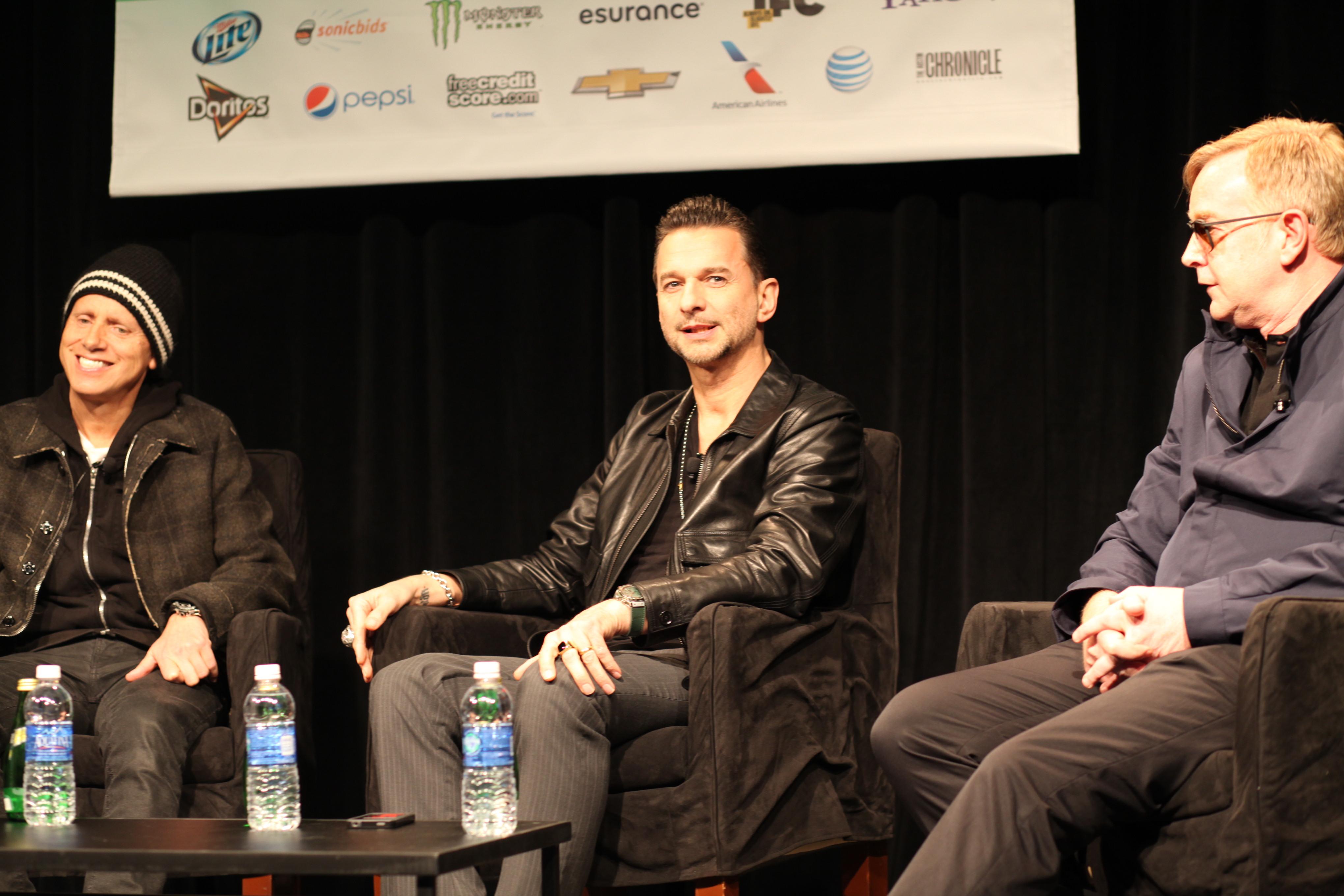 Depeche Mode (8589071357).jpg