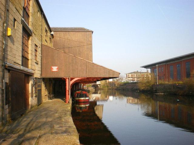 Eanam Wharf, canal side - geograph.org.uk - 1216803