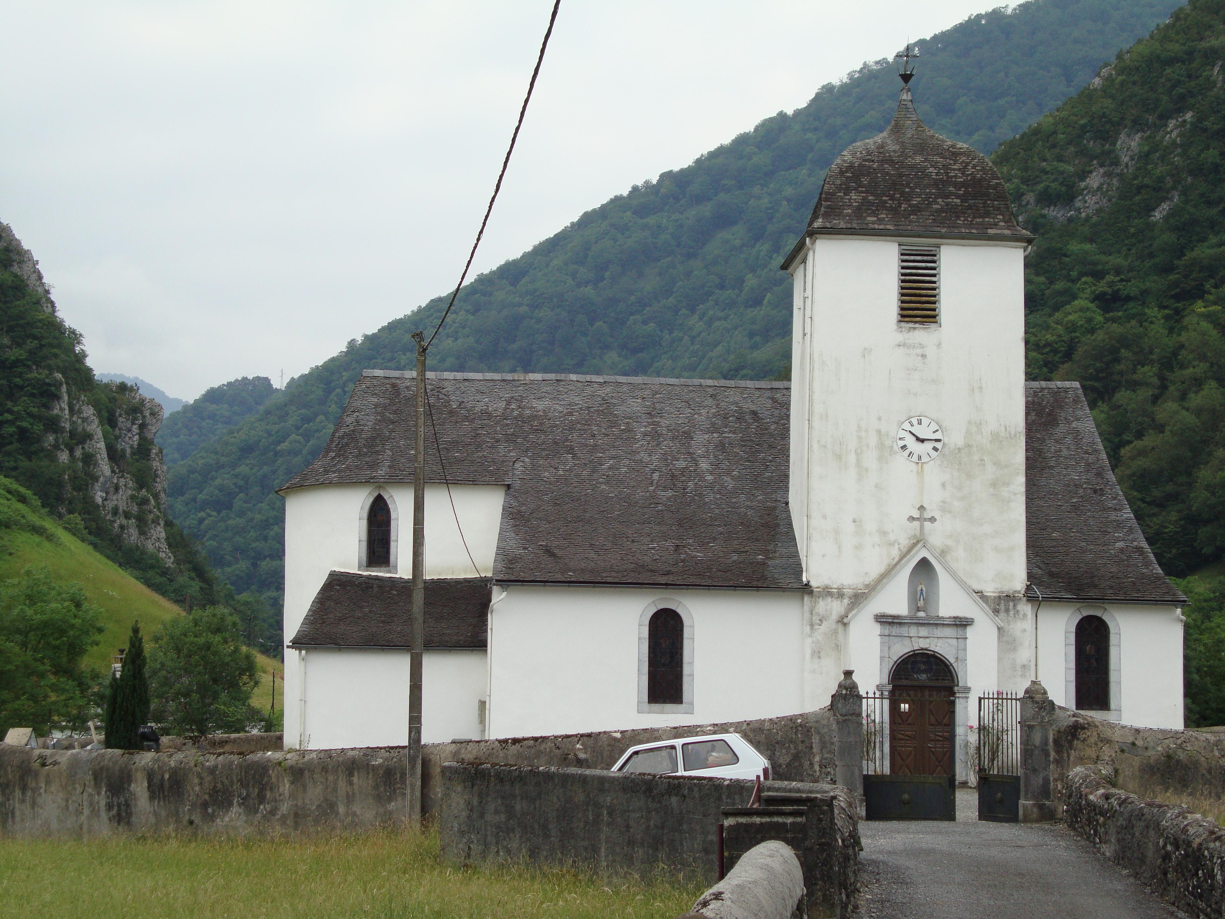 File:Escot (Pyr-Atl, Fr) église.JPG - Wikimedia Commons