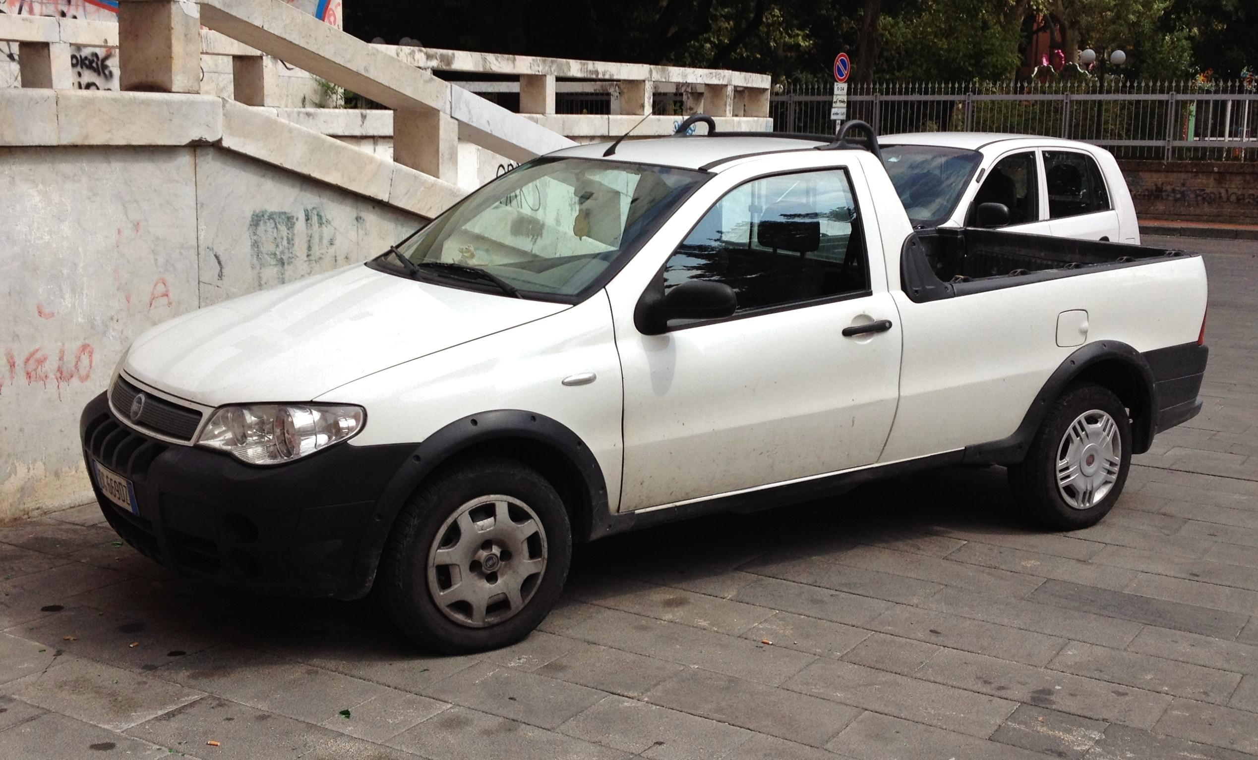 File Fiat Strada Pick Up Jpg Wikimedia Commons