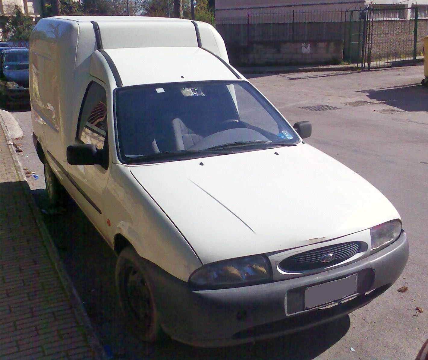 file ford courier fiesta based jpg wikimedia commons. Black Bedroom Furniture Sets. Home Design Ideas
