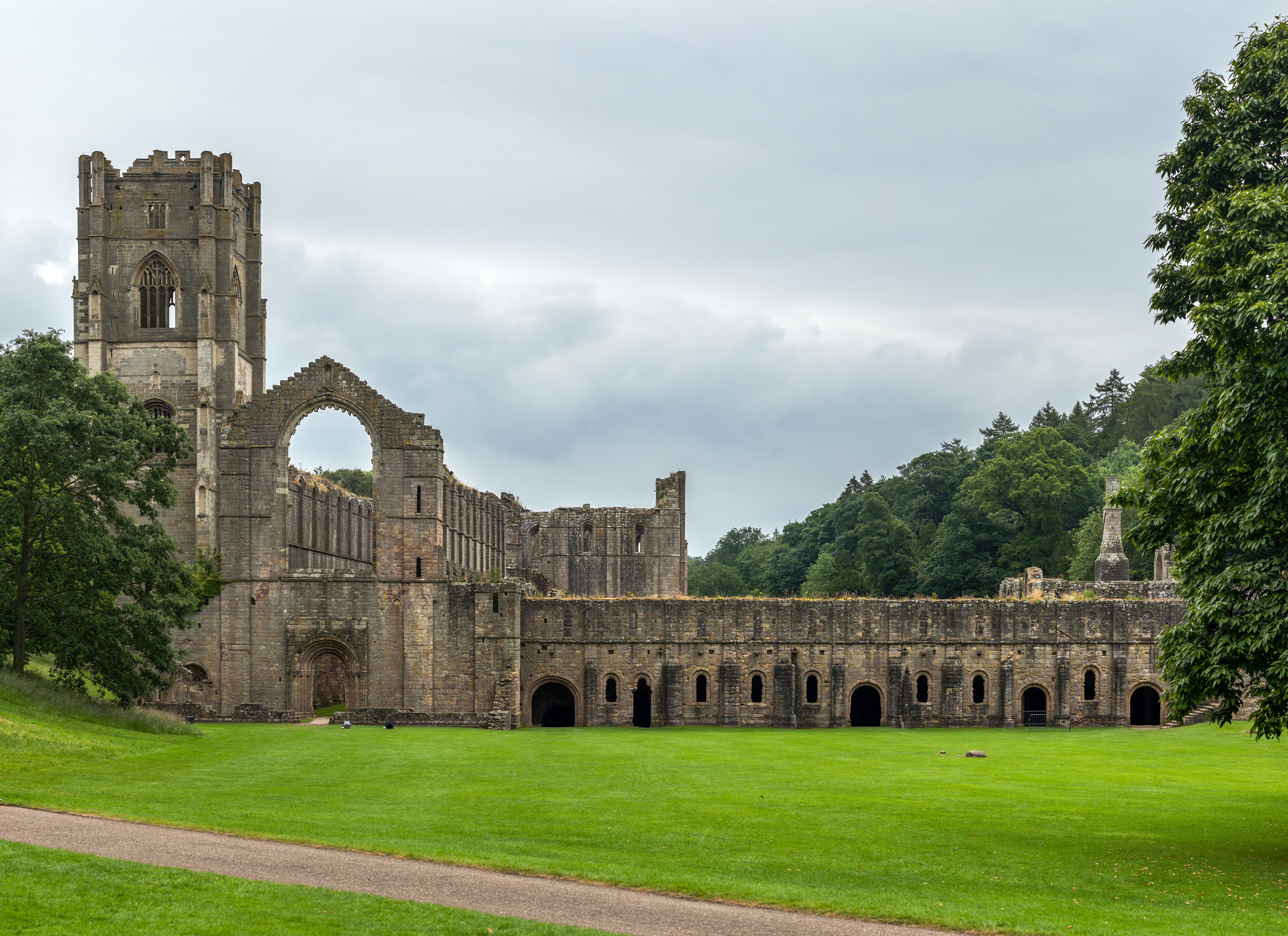 File Fountains Abbey Yorkshire Uk