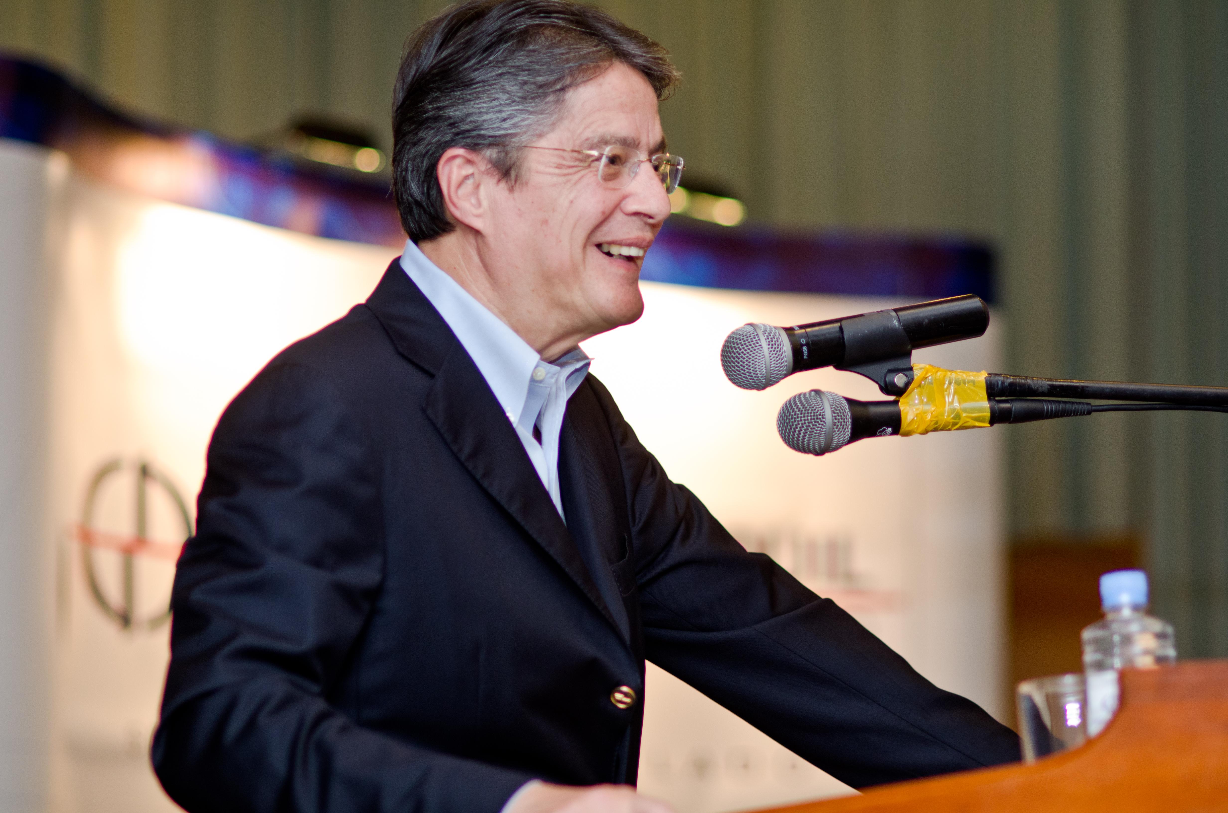 Guillermo Lasso FileGuillermo Lasso de perfiljpg Wikimedia Commons