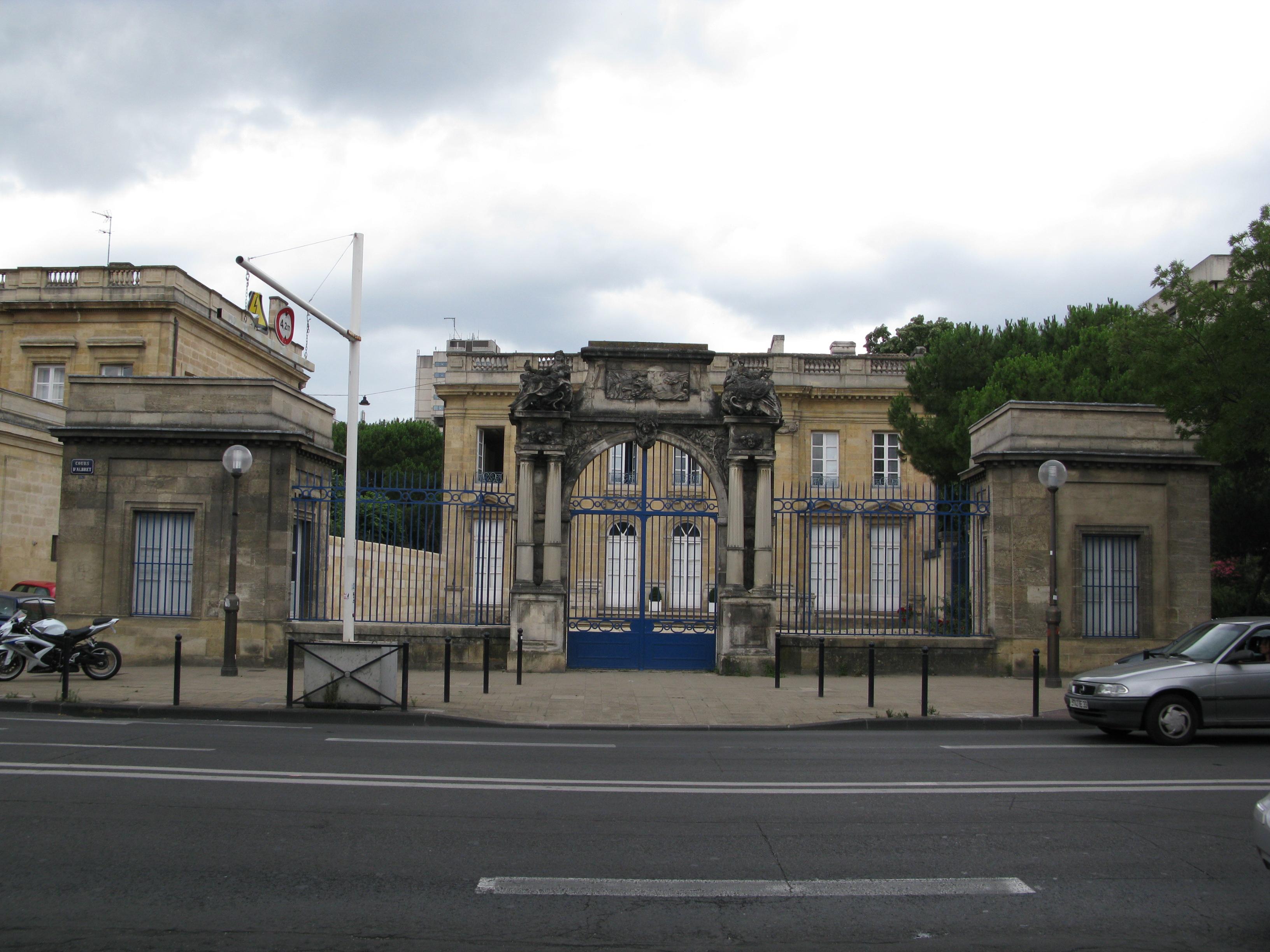 File h tel de poissac wikimedia commons for Hotel original bordeaux