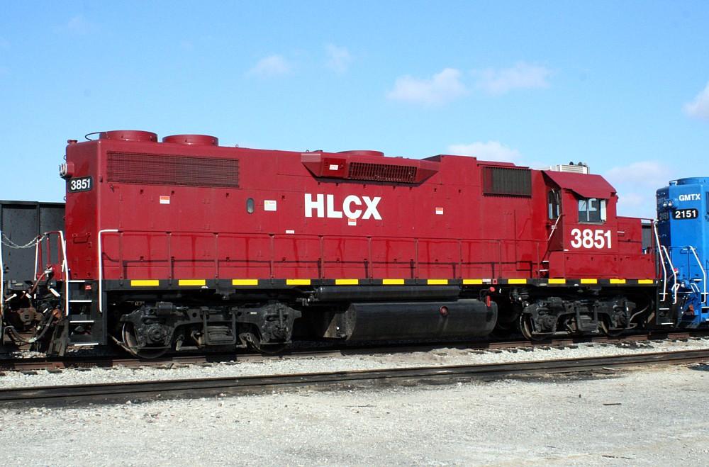 File:HLCX 3851 EMD GP38-2.jpg