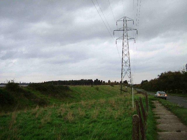 Hanningfield Reservoir Dam - geograph.org.uk - 72924