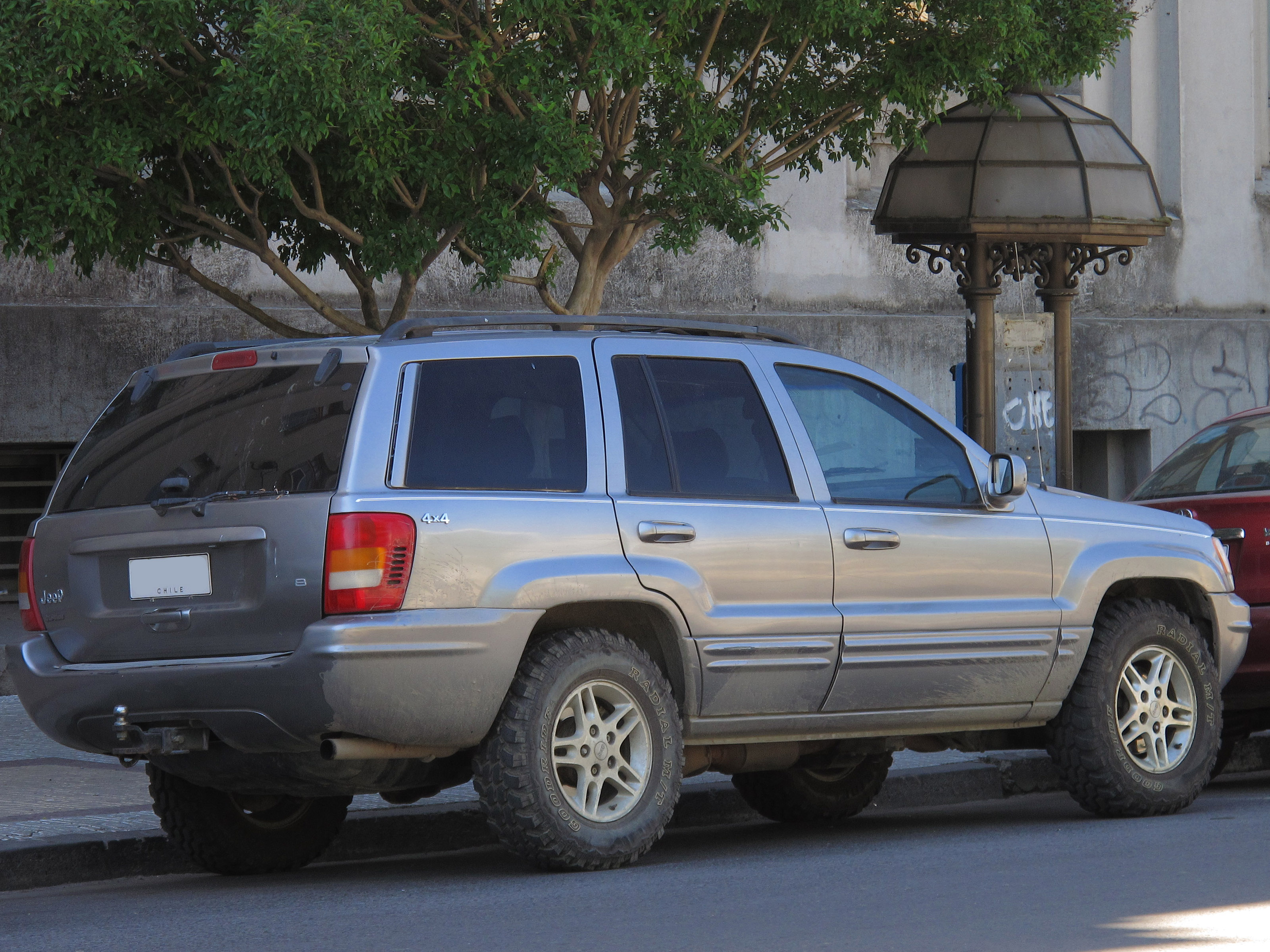 File:Jeep Grand Cherokee 4.7 Limited 1999 (16126223880)