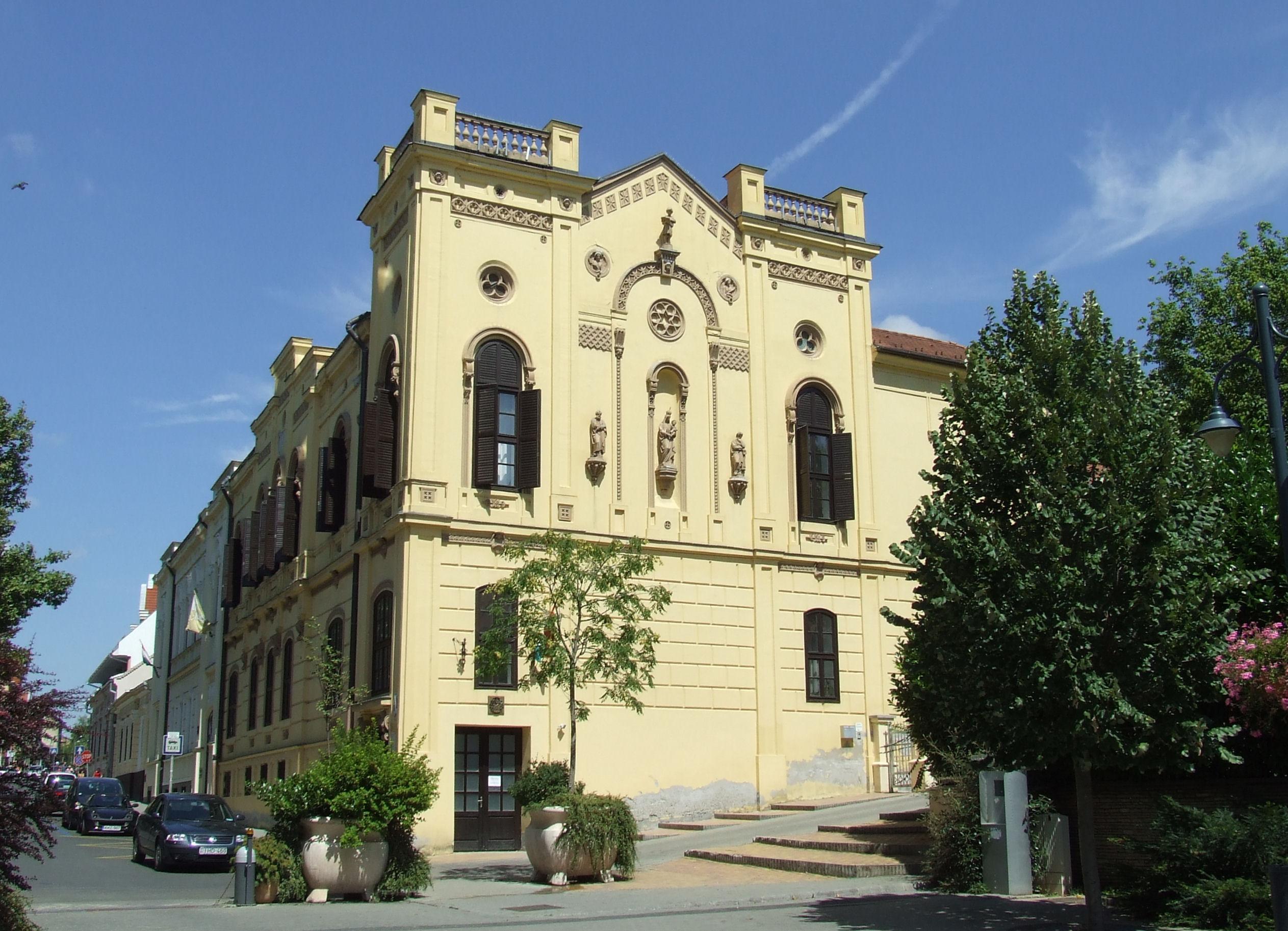 File:Kaposvár Zárda.JPG - Wikimedia Commons