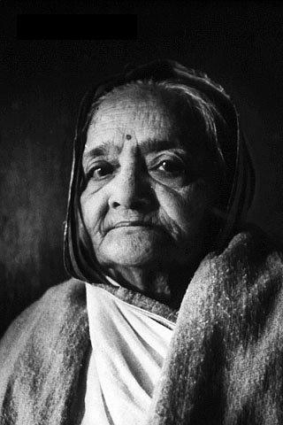 File:Kasturba Gandhi 1940.jpg