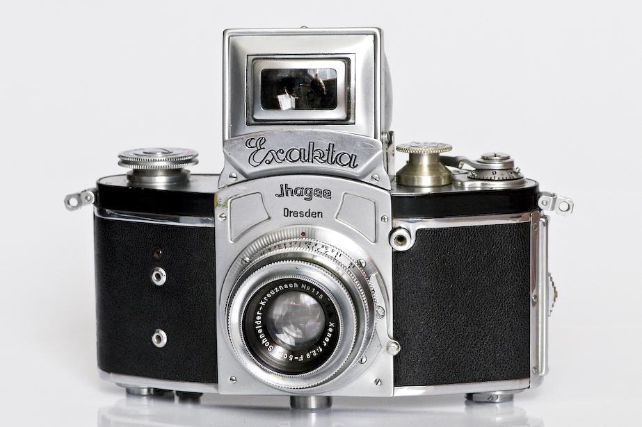 single lens camera