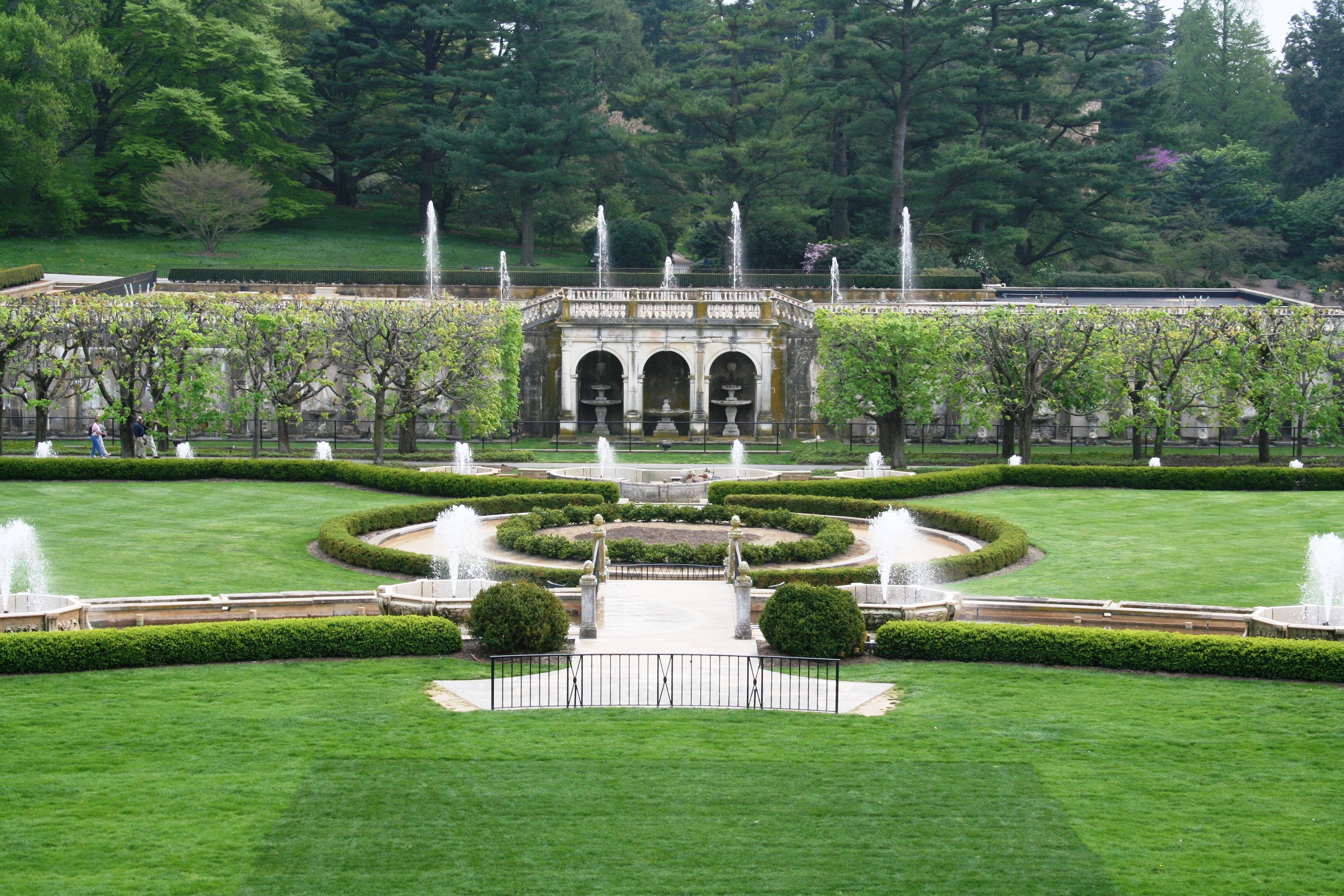 Merveilleux File:Longwood Gardens Fountains 2008.JPG