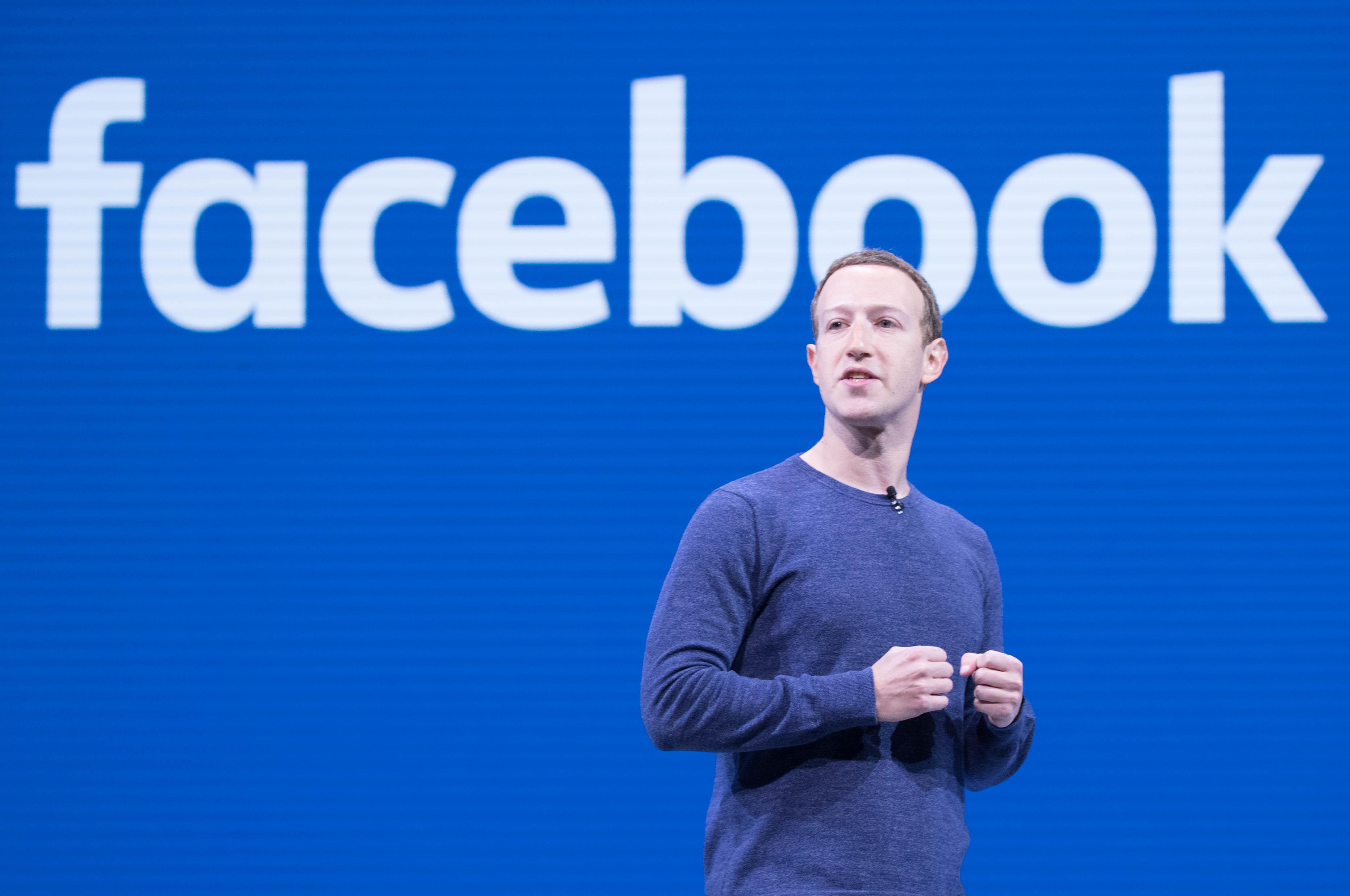 File:Mark Zuckerberg F8 2018 Keynote (41793468182).jpg - Wikimedia Commons