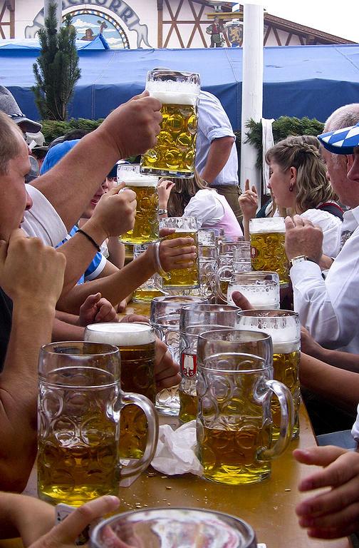 Oktoberfest – Wikipédia, a enciclopédia livre