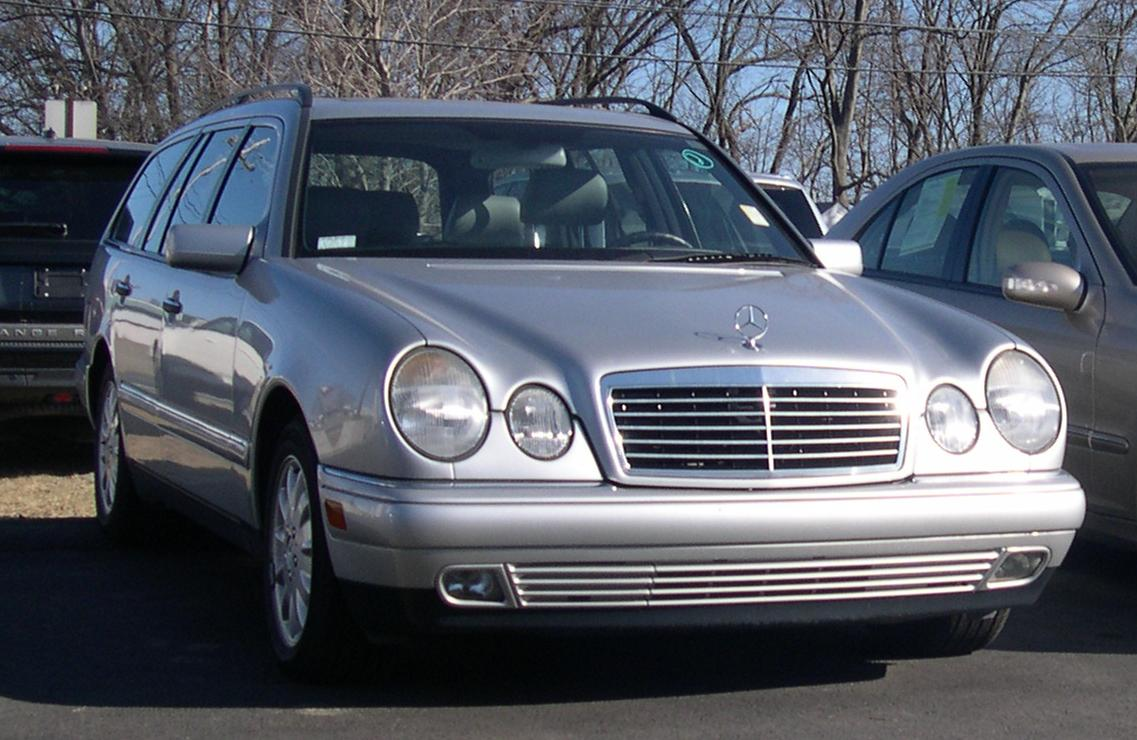 File mercedes benz w210 e class wikimedia commons for Mercedes benz 210
