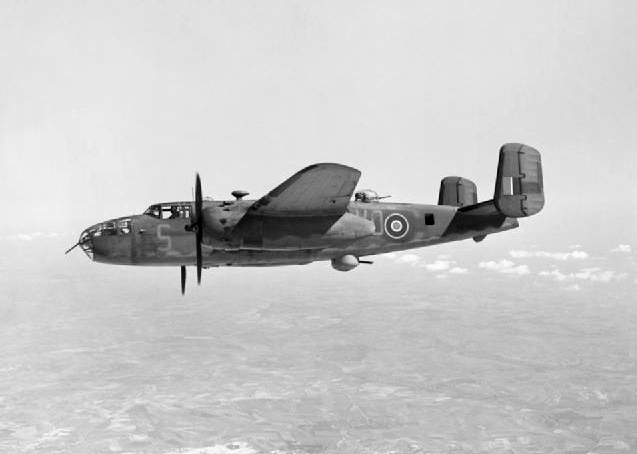 Mitchell_Mk.II_98_Sqn_RAF_in_flight_1944