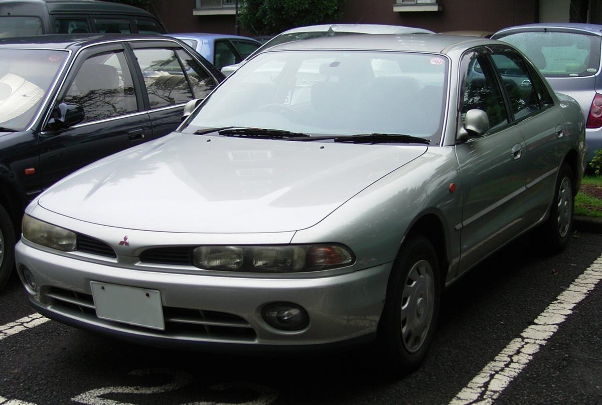 File:Mitsubishi Galant 1.8 GE 1993 ja-2.jpg - Wikimedia Commons