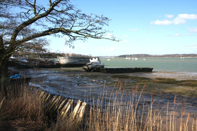 Old boats at Pin Mill - geograph.org.uk - 721342