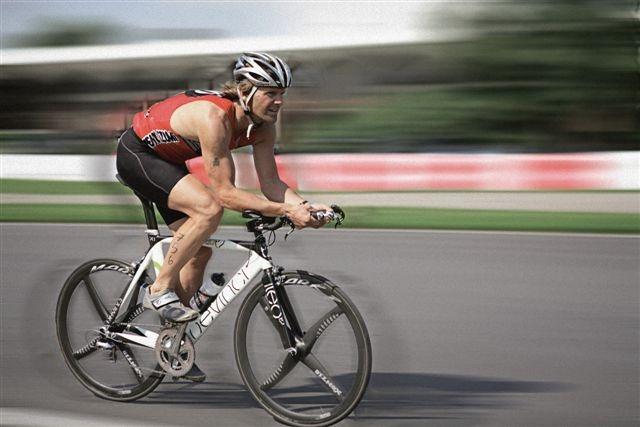 File:Pierre Lavoie triathlon.jpg