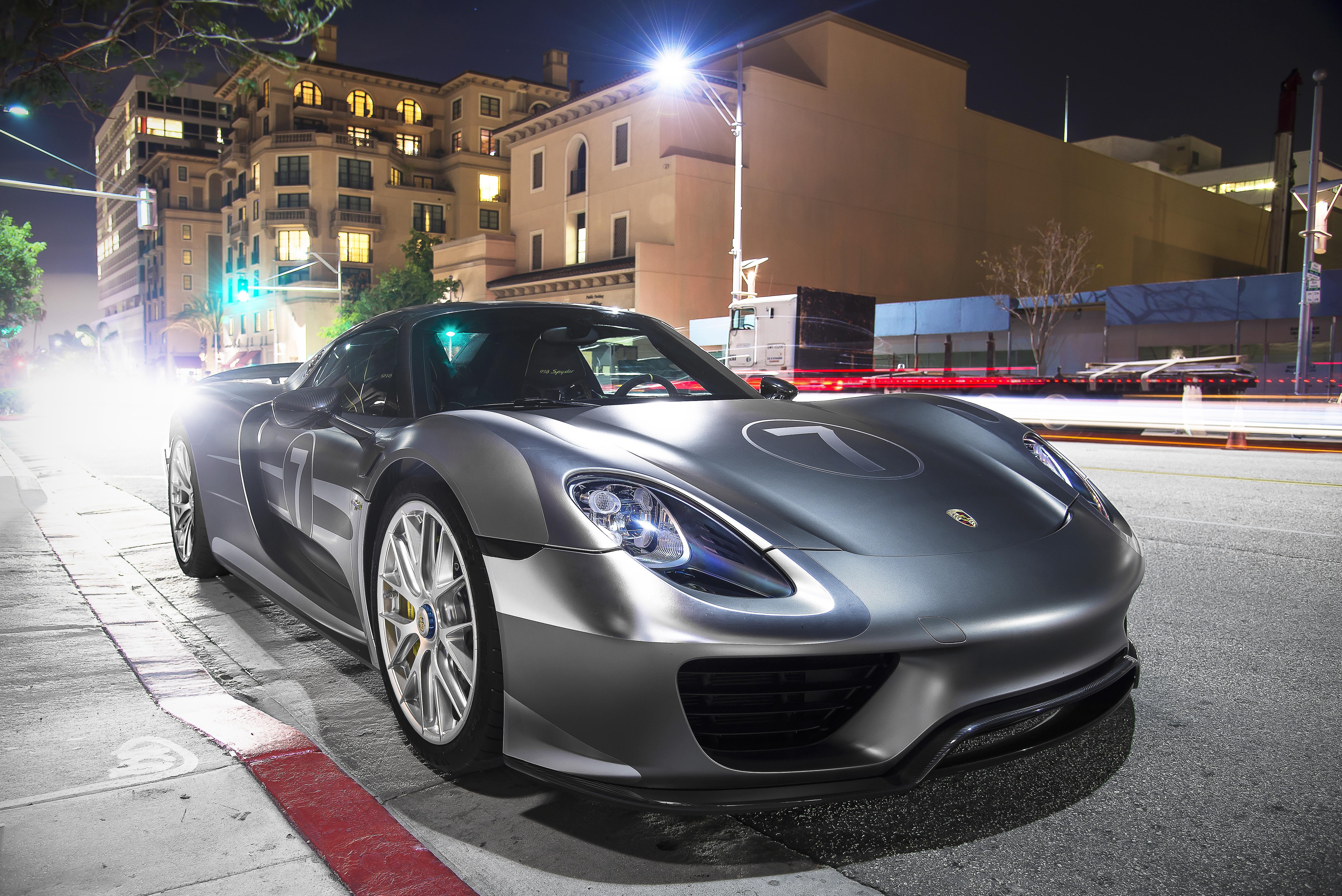 Porsche_918_Spyder_with_Weissach_Package_%2820022564930%29 Surprising Porsche 918 Spyder Brochure Pdf Cars Trend