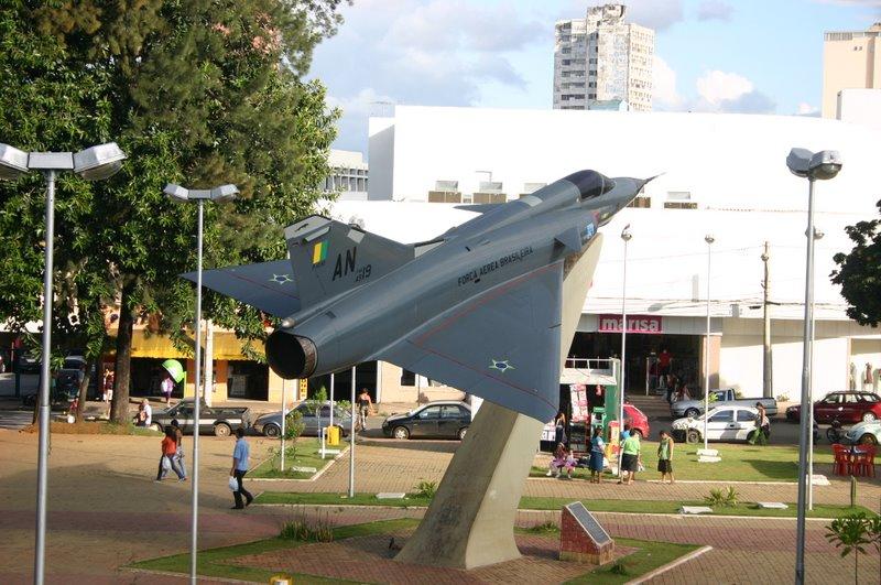 Ficheiro:Praçaaviao.jpg