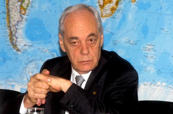 Reinhold Stephanes – Wikipédia, a enciclopédia livre