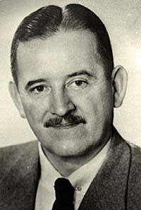 Robert D . Holmes