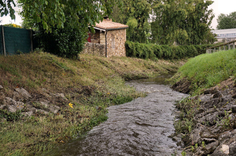 Bon Mercredi Ruisseau_les_Ontines_-_M%C3%A9rignac_33