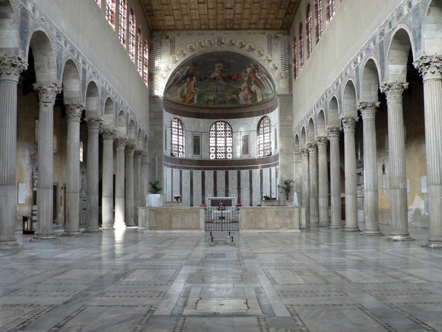 http://upload.wikimedia.org/wikipedia/commons/3/3d/Santa_Sabina_inside.JPG