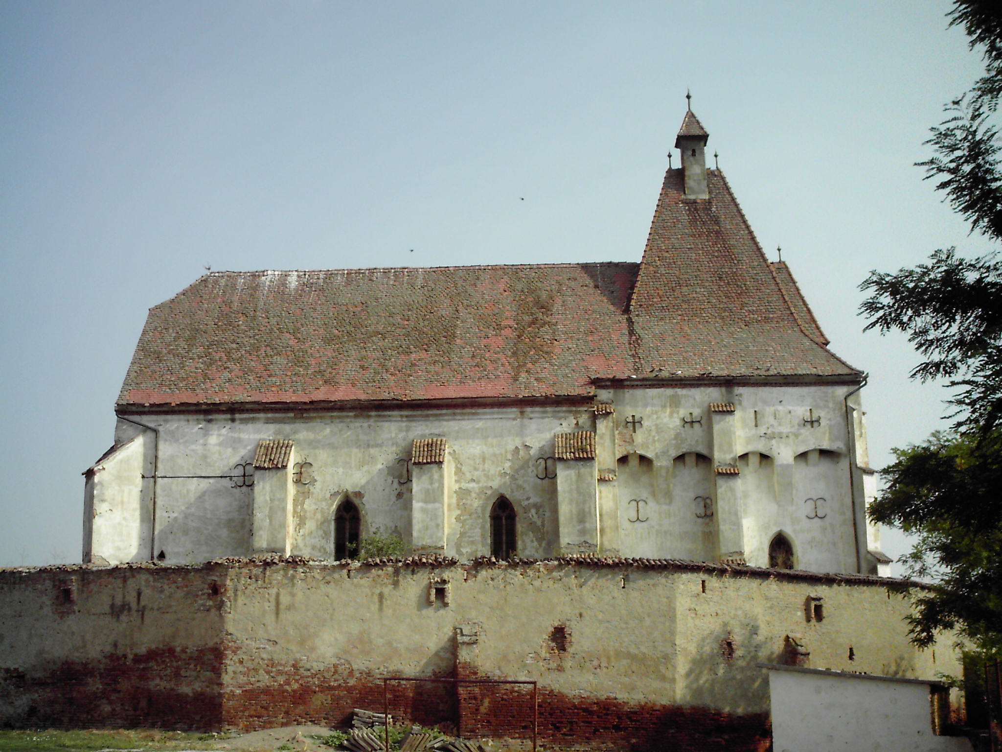 Biserica fortificată din Boian