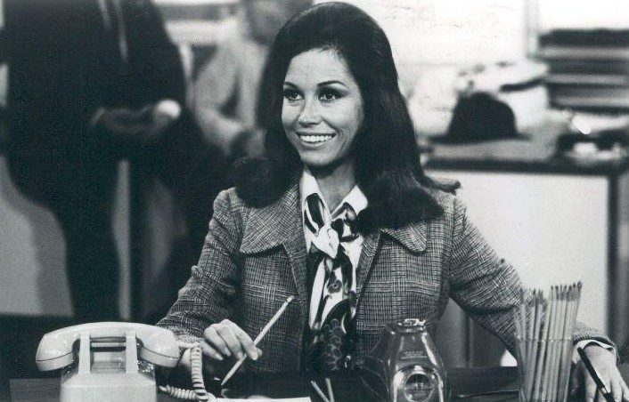 Scene 1 from the Mary Tyler Moore Show 1977