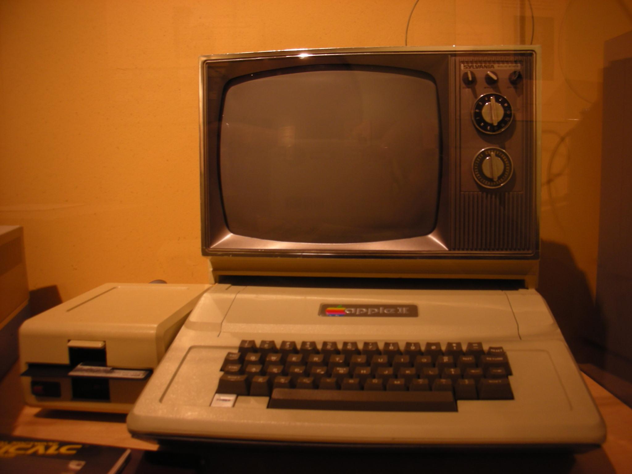 Apple II, introduced 1977