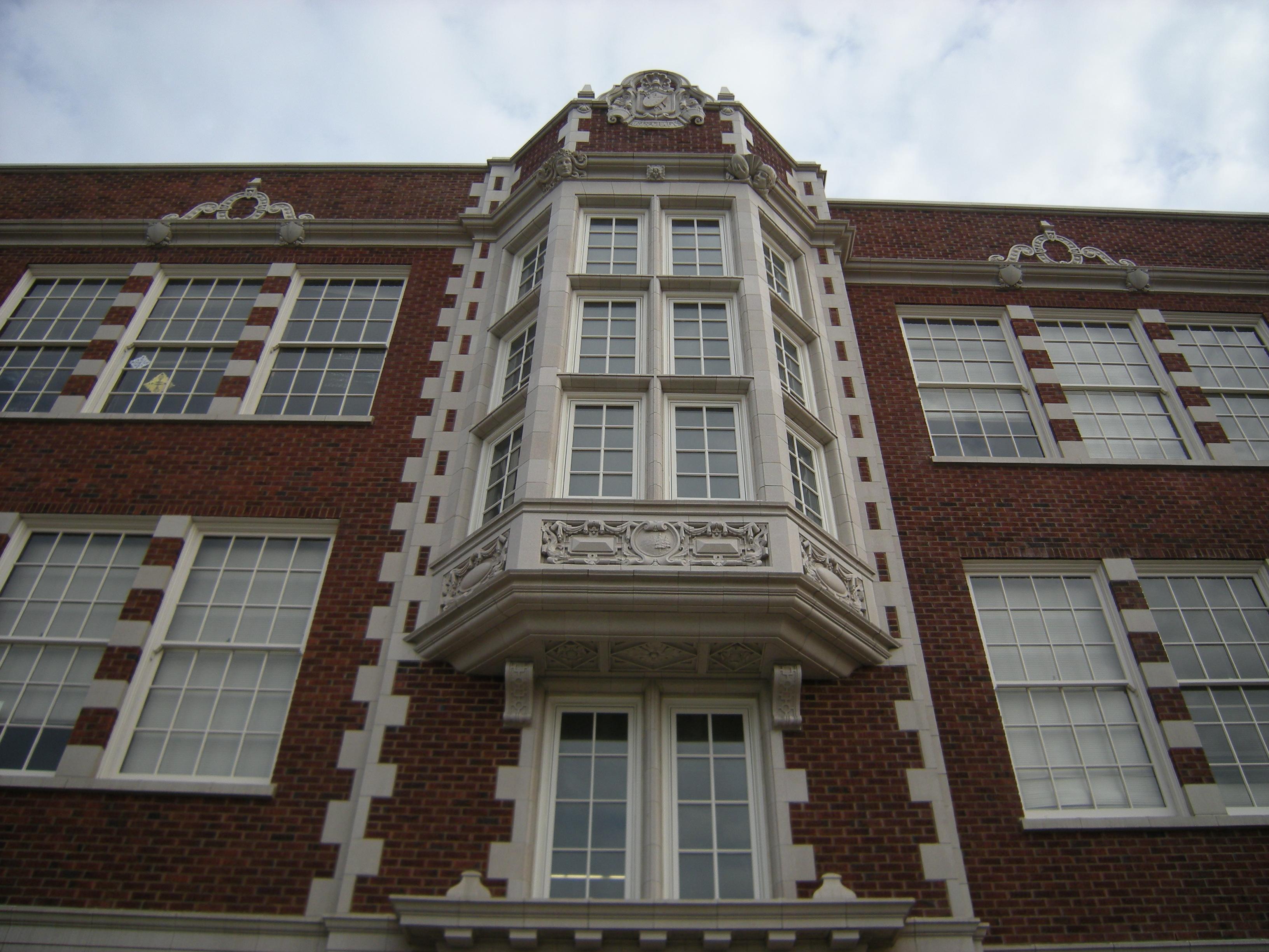 File Seattle Garfield High School 05 Jpg Wikimedia Commons