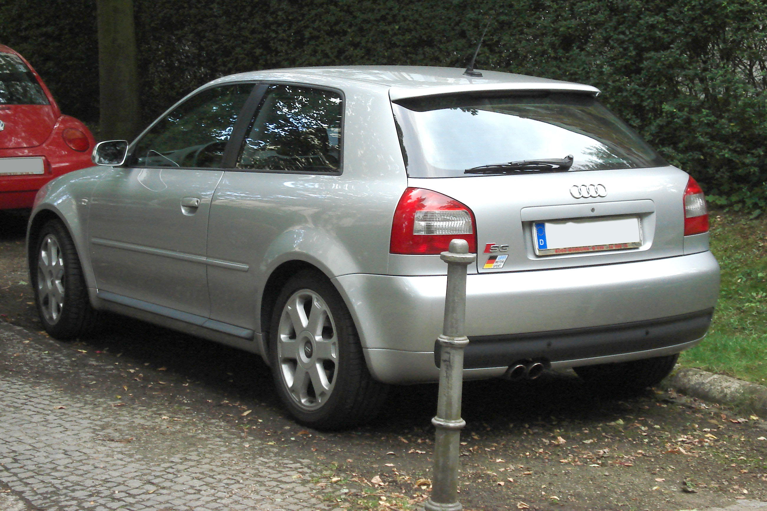 Audi Build Your Own >> File:Silver S3 8L rear.jpg - Wikimedia Commons