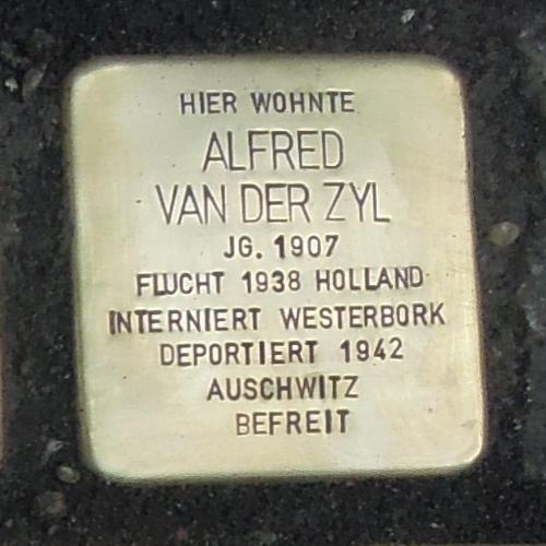 Stolperstein für Alfred van der Zyl