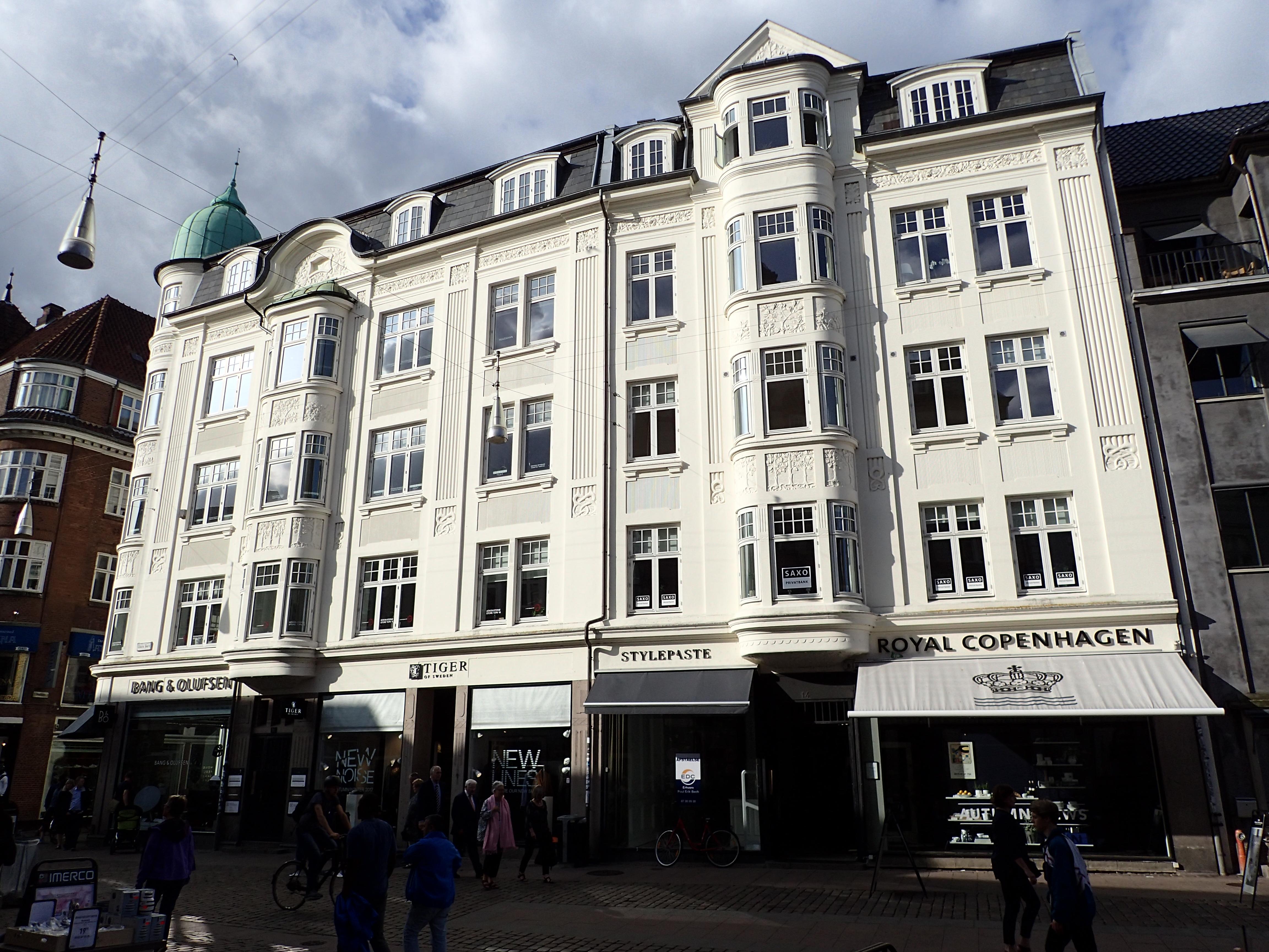 2e75f09326d6 File Store Torv 14-16 (facade).jpg - Wikimedia Commons