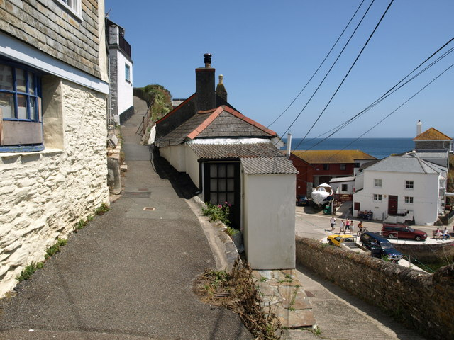 The Cliff, Mevagissey - geograph.org.uk - 1389070