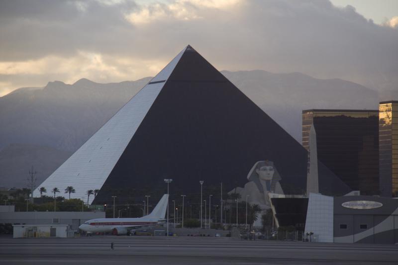 Luxor Hotel Airport Shuttle