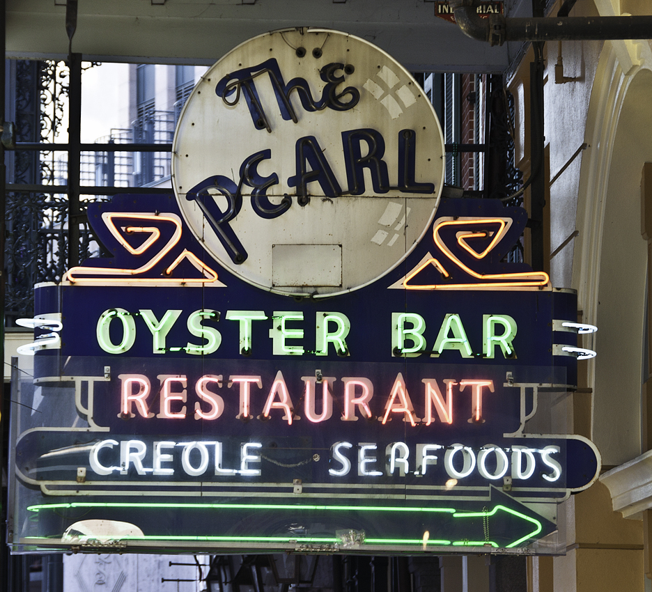file the pearl oyster bar wikimedia commons. Black Bedroom Furniture Sets. Home Design Ideas