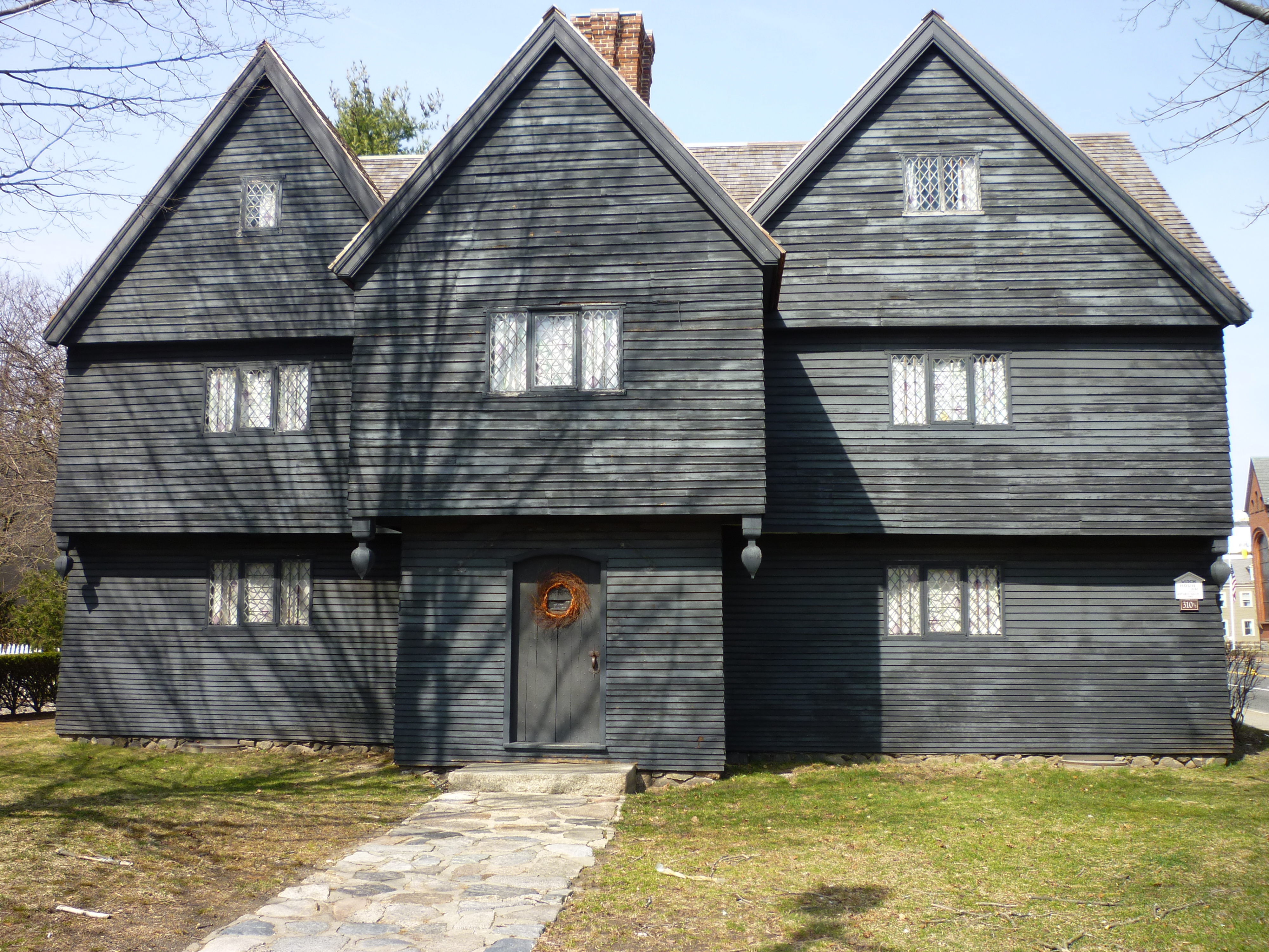 File The Witch House Jpg Wikimedia Commons