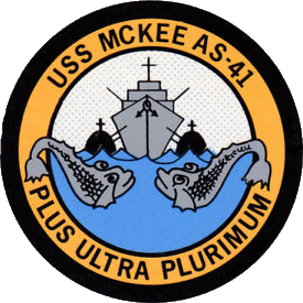 File:USS McKee (AS-41) crest.png