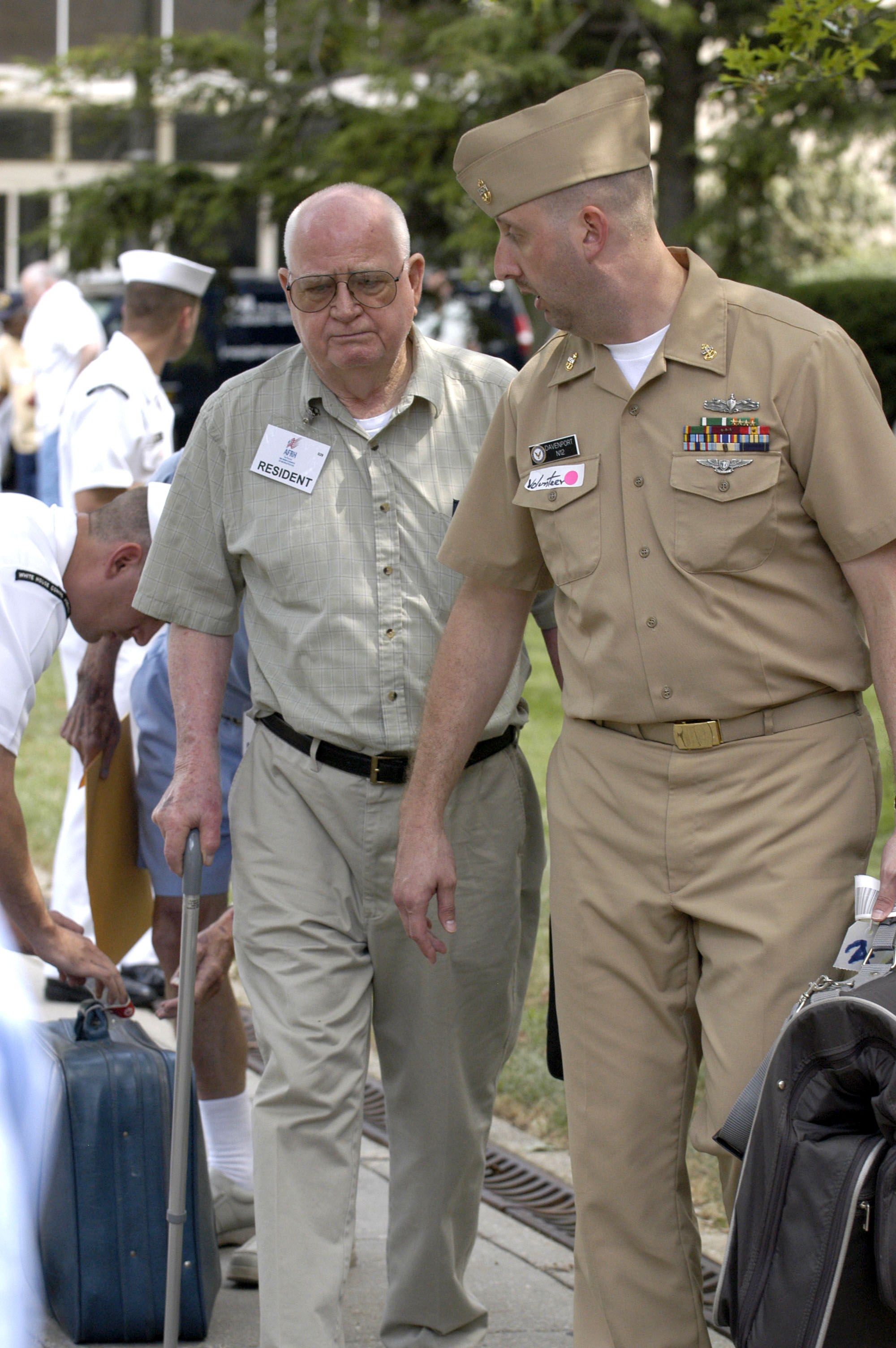 retired military officers dating After a military career, it is human nature to want someone to share your past and plan your future with if you have served in the armed forces, seek out a dating partner with similar experience, or someone who has already shared a life with a military man or woman.