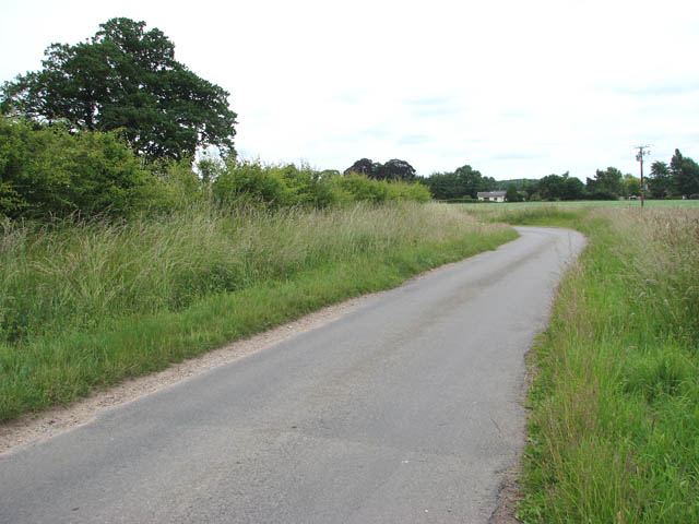 File:Unnamed lane to Tivetshall St Mary - geograph.org.uk - 1366305.jpg