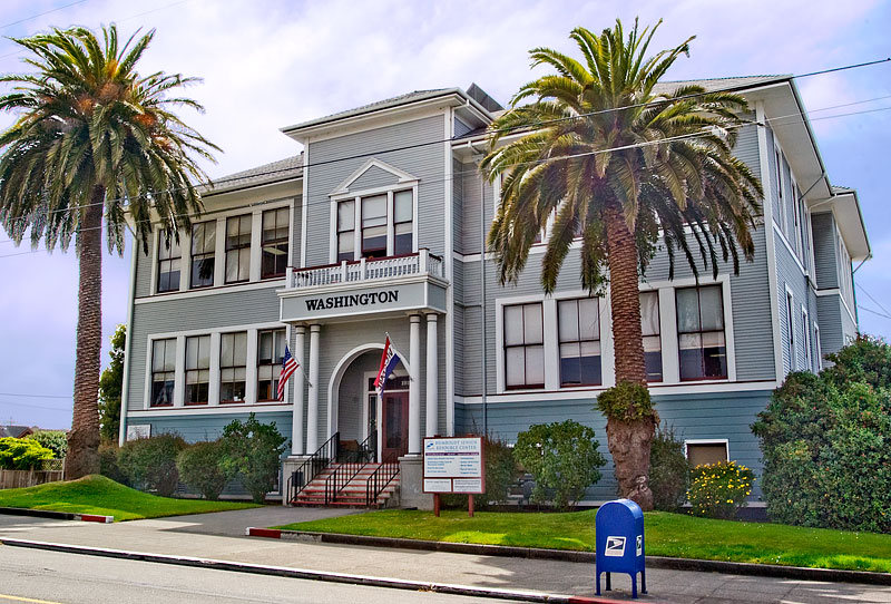 File:Washington School in Eureka California July 2007.jpg